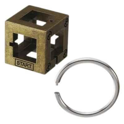 HUZZLE CAST BOX