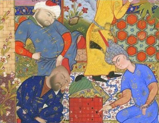 Junge Perser, die Schach spielen